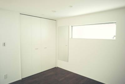 明るいベッドルーム (世田谷区 桜丘 NAVY HOUSE 2)