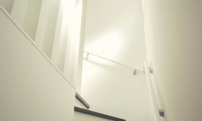 明るい階段が好き|世田谷区 桜丘 NAVY HOUSE 2