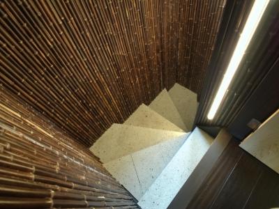 階段 (古民家再生の家)