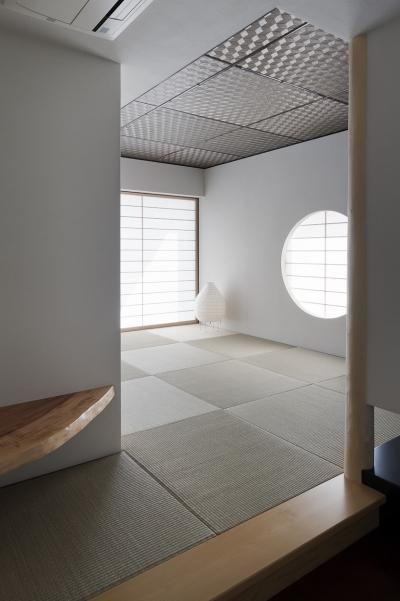 客間として使われる和室入口の様子 (対岳荘)
