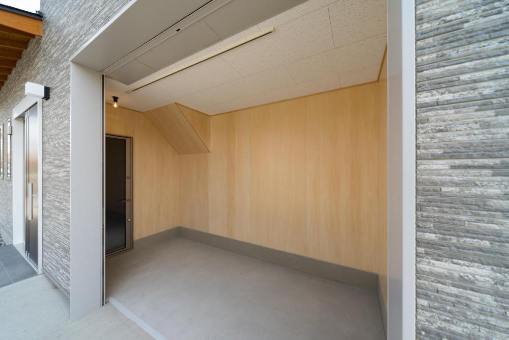 薪ストーブのある家(長期優良住宅) (収納)