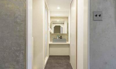 シンプルな洗面室|PADDING