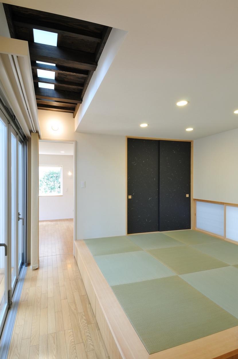 春江町の家(中庭のある二世帯住宅)の部屋 和室