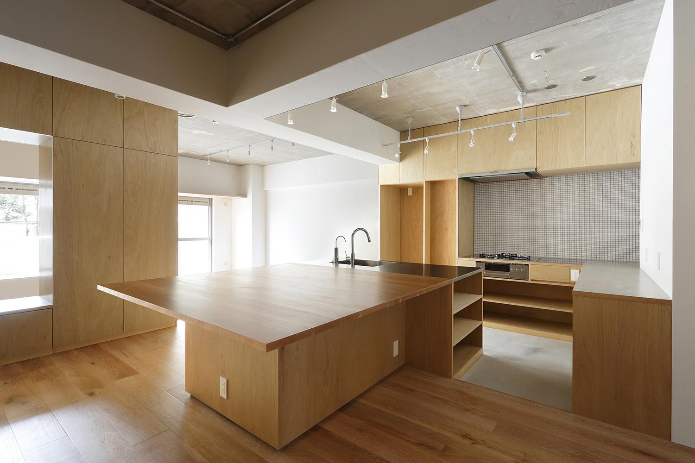 猿江の住宅の部屋 ダイニングテーブル付きのアイランドキッチン