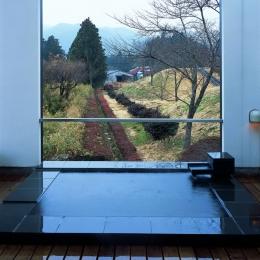 景色を楽しむ露天風呂 (塩原の週末の家)