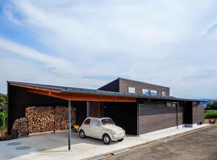 緩斜面の家 [2013]の写真 駐車場
