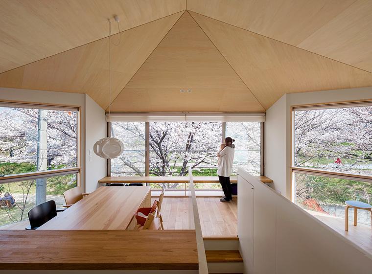 Ryota Sekimoto「隅切りの家 [2013]」
