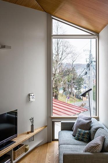 トンガリの家 [2014]の部屋 眺めの良いリビング