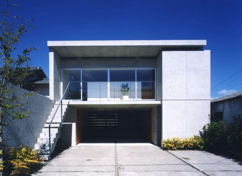 七郷の家 (コンクリート打放しの事務所併用住宅です。)