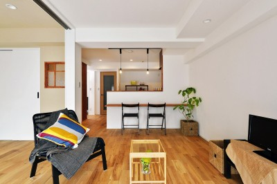 寝室の壁には調湿効果が期待できる珪藻土を (横浜市A様邸 ~利便性のよいマンションでリラックス空間を~)
