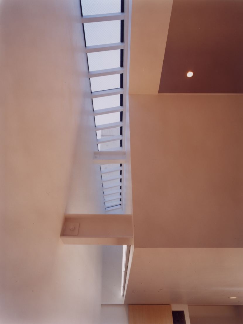 中村の家の部屋 トップライト
