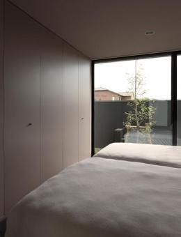 鳴海の家 (ベッドルーム)
