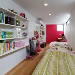 鳴海の家 (子供部屋)