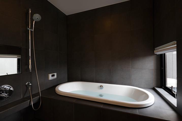 鳴海の家の写真 バスルーム