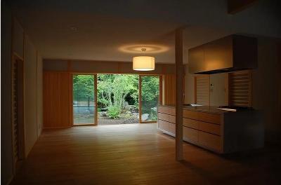Mさんの家 (開放的なリビングダイニングキッチン)