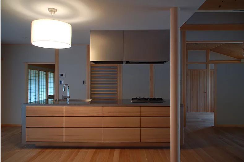 キッチン事例:アイランドキッチン(Mさんの家)