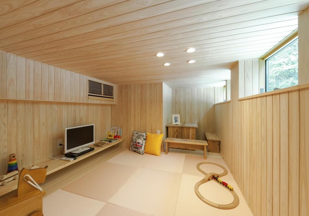 HINOCA (子供部屋)
