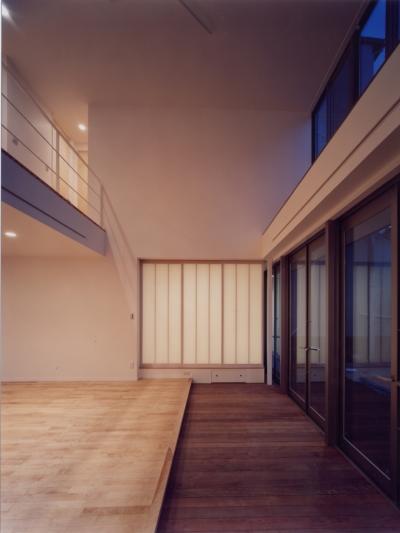 中村の家 (中庭テラスにつながる土間スペース)
