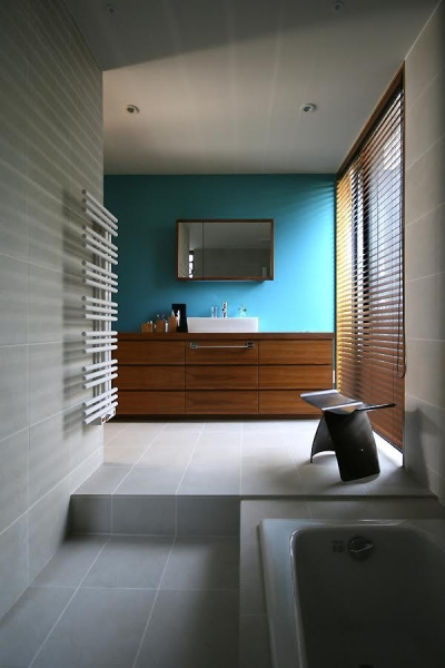 バスルーム (伊予三島の家)