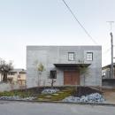 森町の家 / インダストリアルデザインと自然を取り込むコンクリートハウスの写真 外観