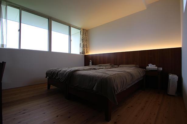 ベッドルーム事例:ベッドルーム(群馬県太田市 House M -3つのリビング-)