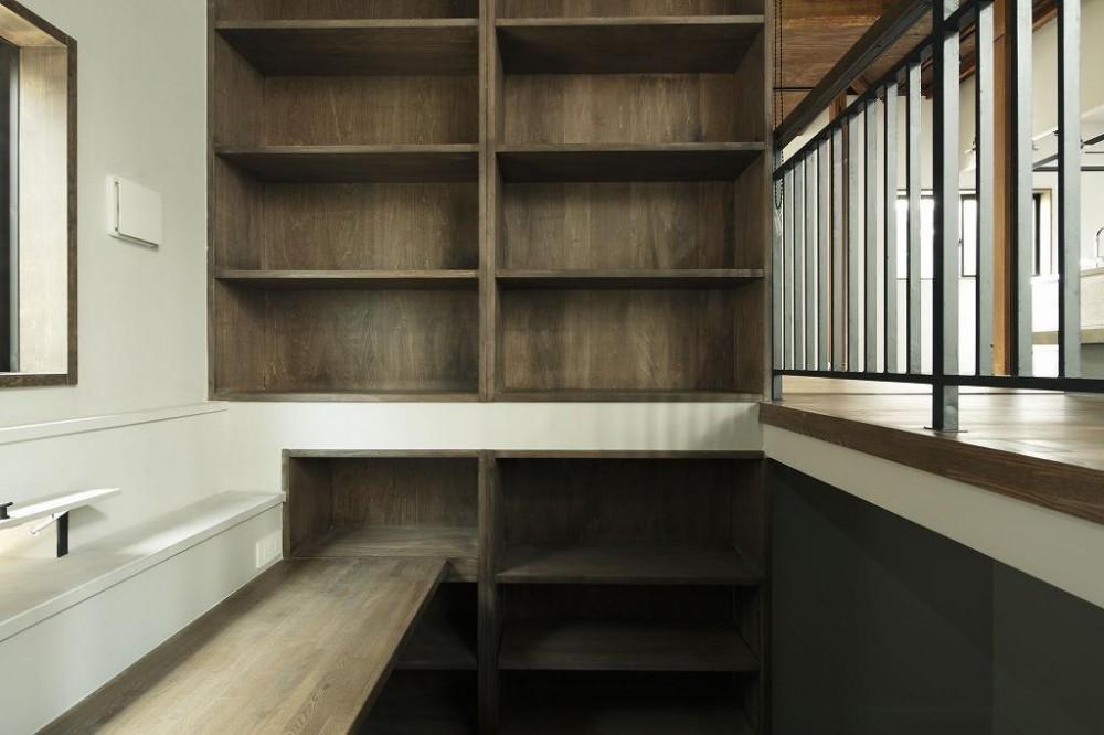C様邸 (Closet)