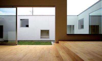 群馬県太田市 House OG -風の抜ける中庭-