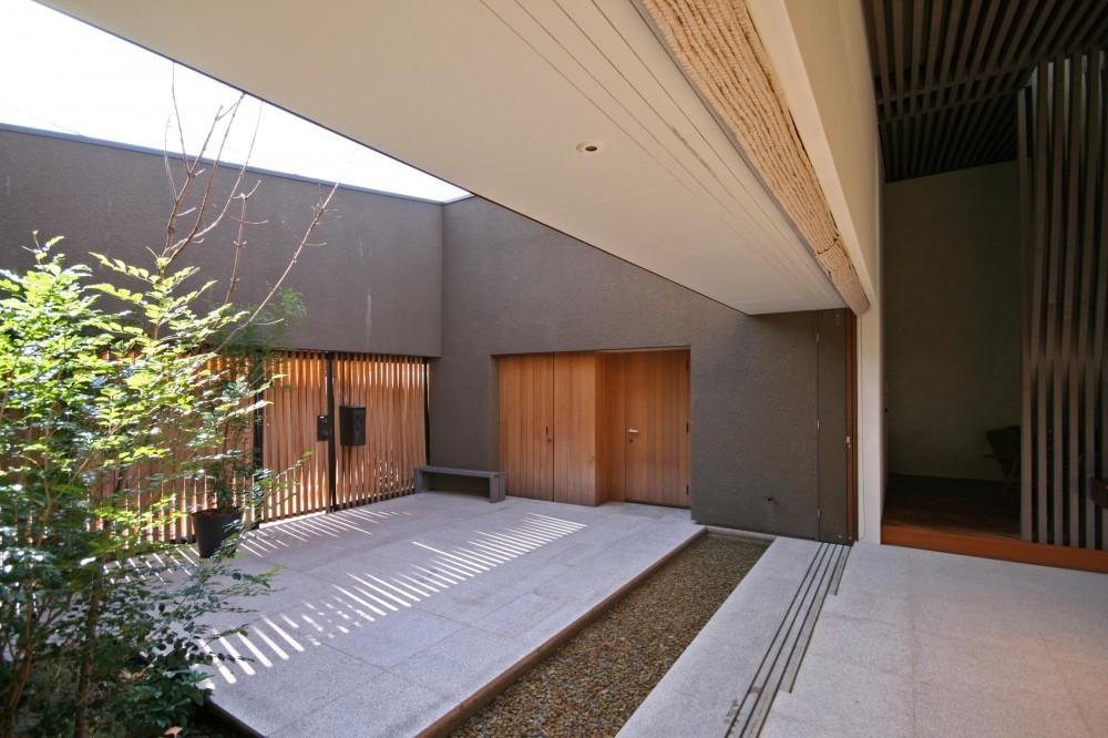 太子堂の家 (中庭)