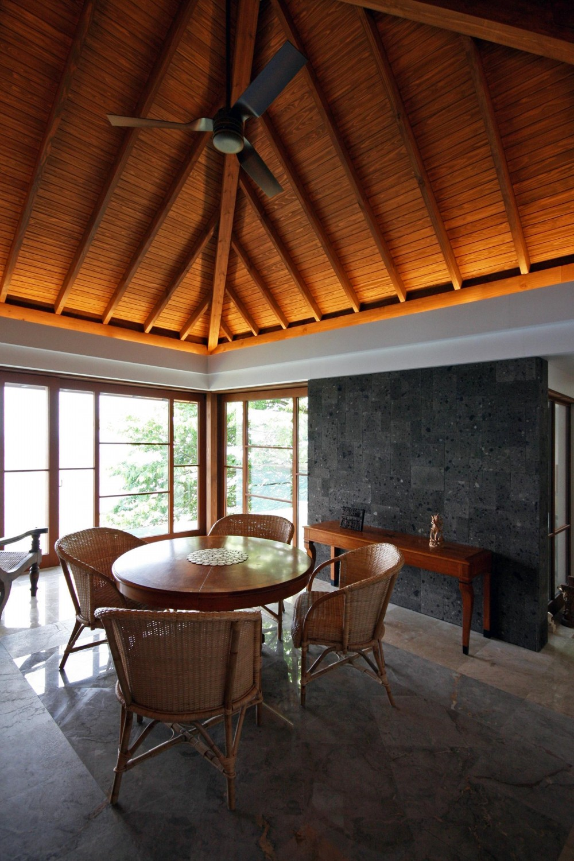 熱海の家 (メインルーム)
