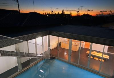屋上から見た夕景 (水庭の家)