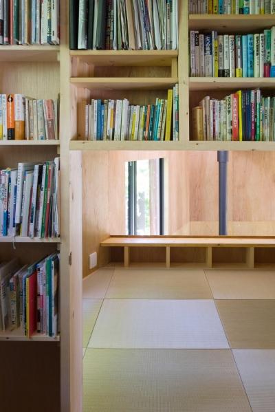 本棚と和室 (kiti)