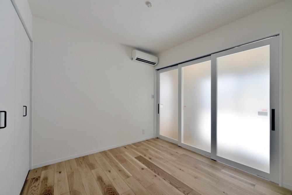 木造平屋を住み継ぐ。経年のぬくもりを生かした戸建てエコリノベ (居室)
