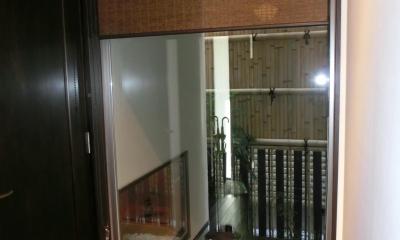 『手わざのコダワリ』と新しい建築技術の融合:東京都杉並区K様邸 (玄関ホール)