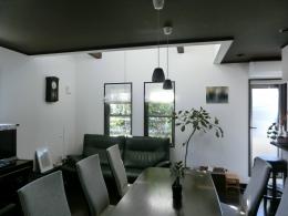 『手わざのコダワリ』と新しい建築技術の融合:東京都杉並区K様邸 (2階リビング・ダイニング)