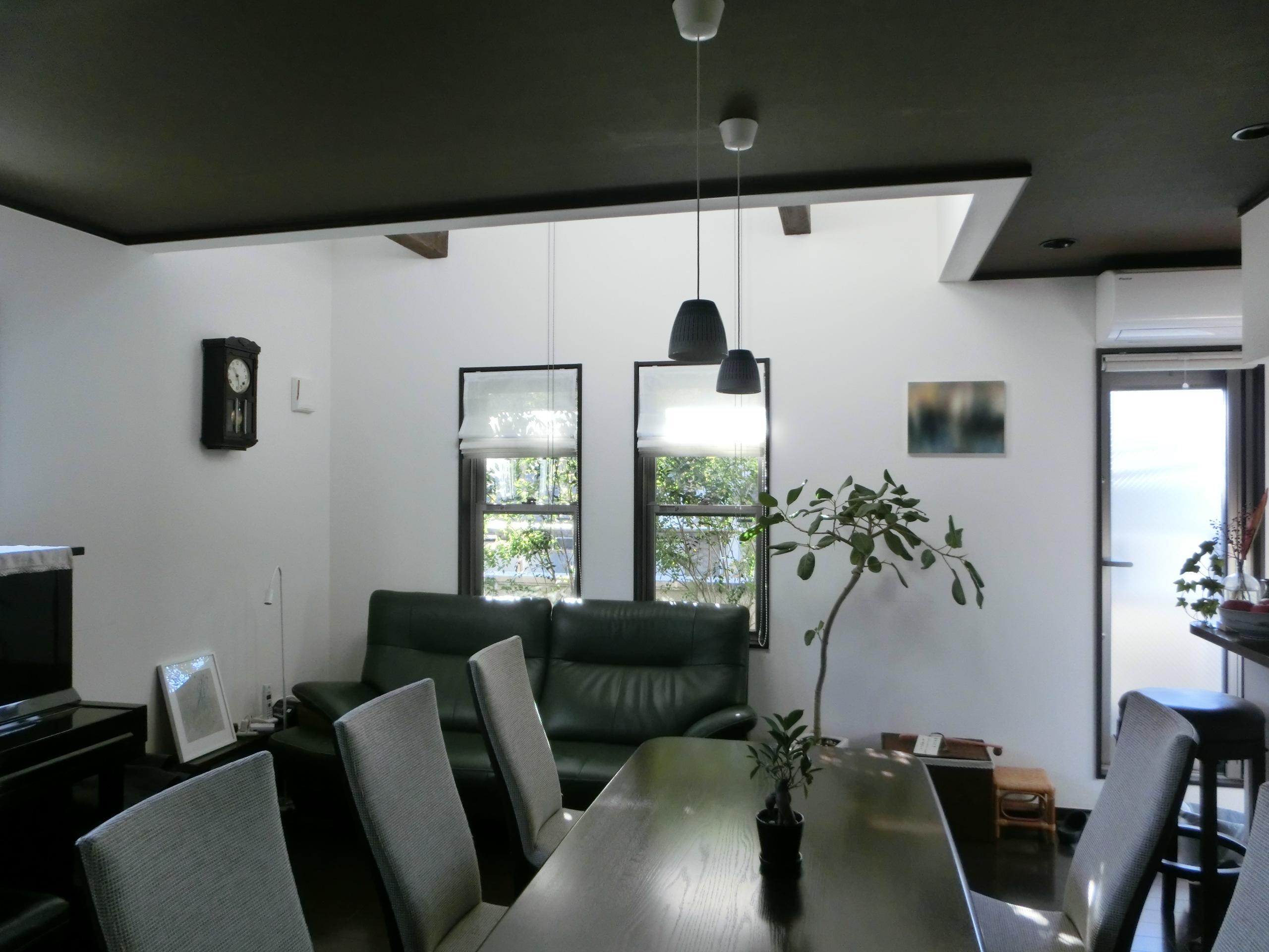 『手わざのコダワリ』と新しい建築技術の融合:東京都杉並区K様邸の写真 2階リビング・ダイニング