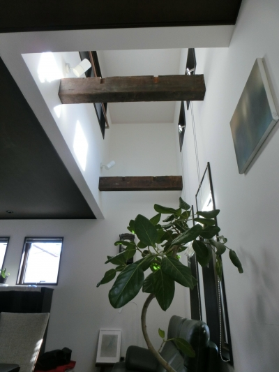 『手わざのコダワリ』と新しい建築技術の融合:東京都杉並区K様邸 (2階吹き抜け)
