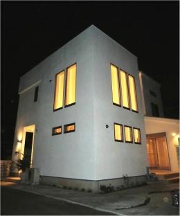 オール電化住宅:東京都国分寺市Y様邸 (外観-ライトアップ)