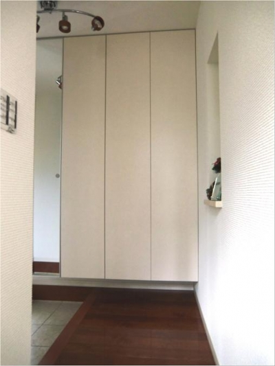 オール電化住宅:東京都国分寺市Y様邸 (玄関ホール)
