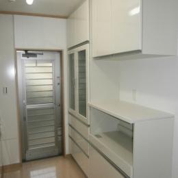 耐震補強で二世帯住宅の全面リフォーム:東京都小金井市T様邸 (キッチン収納)