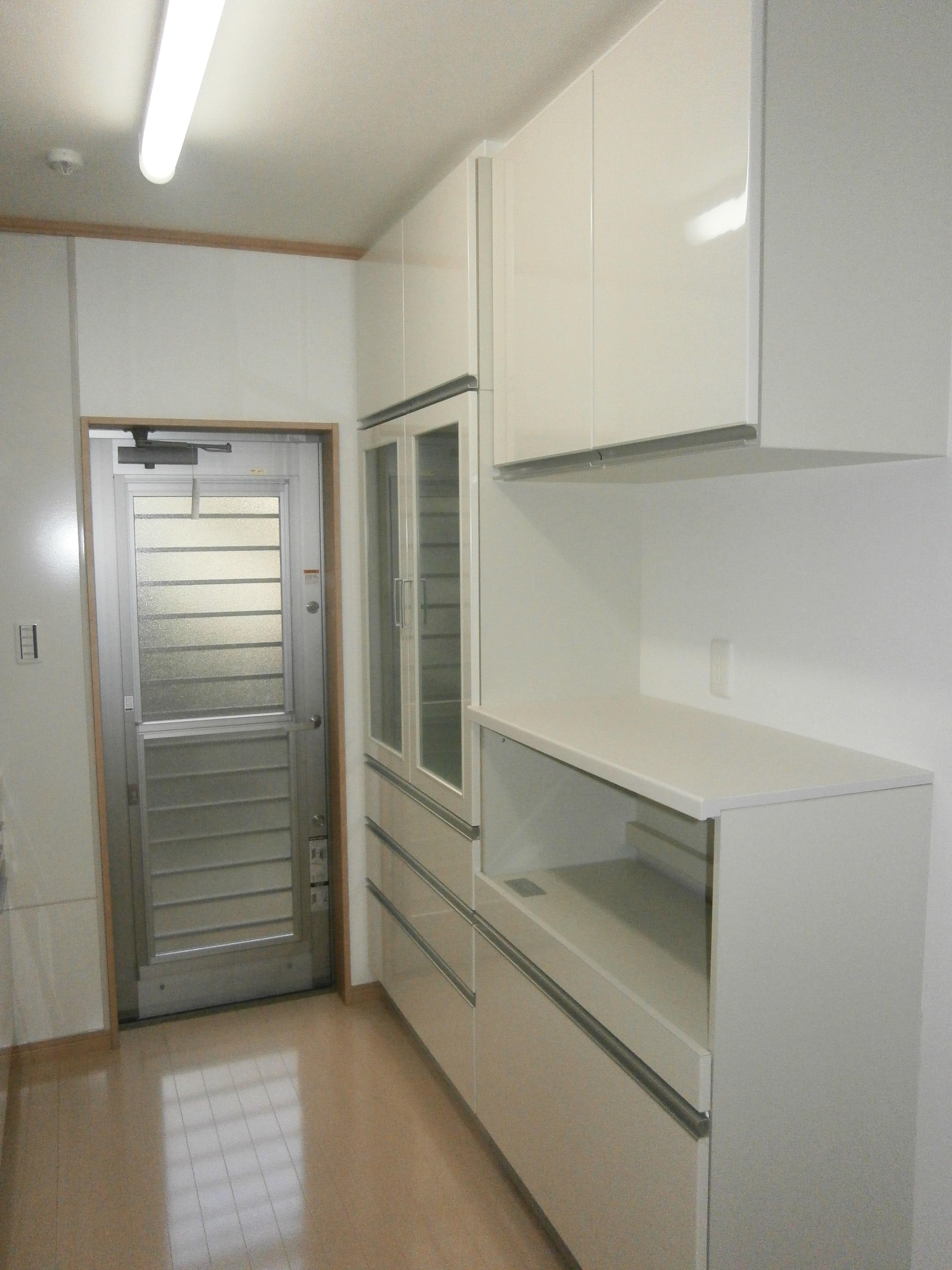 耐震補強で二世帯住宅の全面リフォーム:東京都小金井市T様邸の写真 キッチン収納