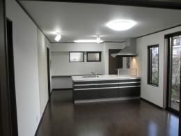 耐震補強で全面リフォーム、高気密高断熱の家へ:千葉県千葉市I様 (リビングダイニングキッチン)