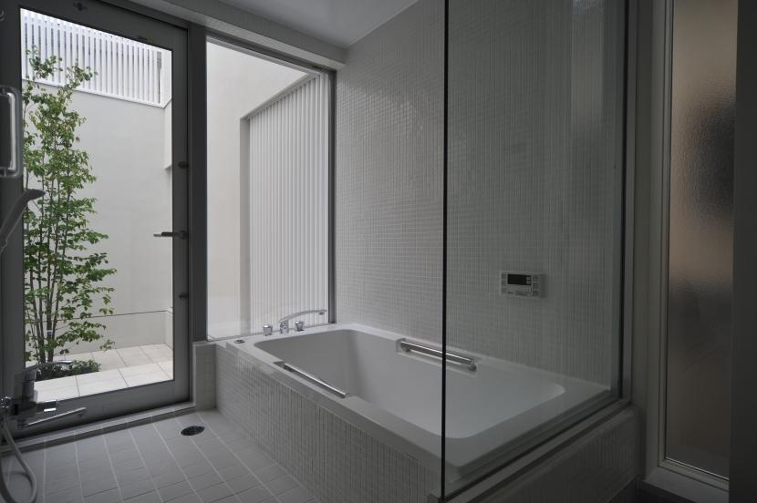 谷津の家 (浴室)