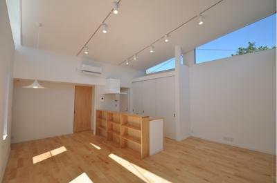 松波の家 (ダイニングキッチン)