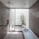 立体市松壁の家の写真 バスルーム