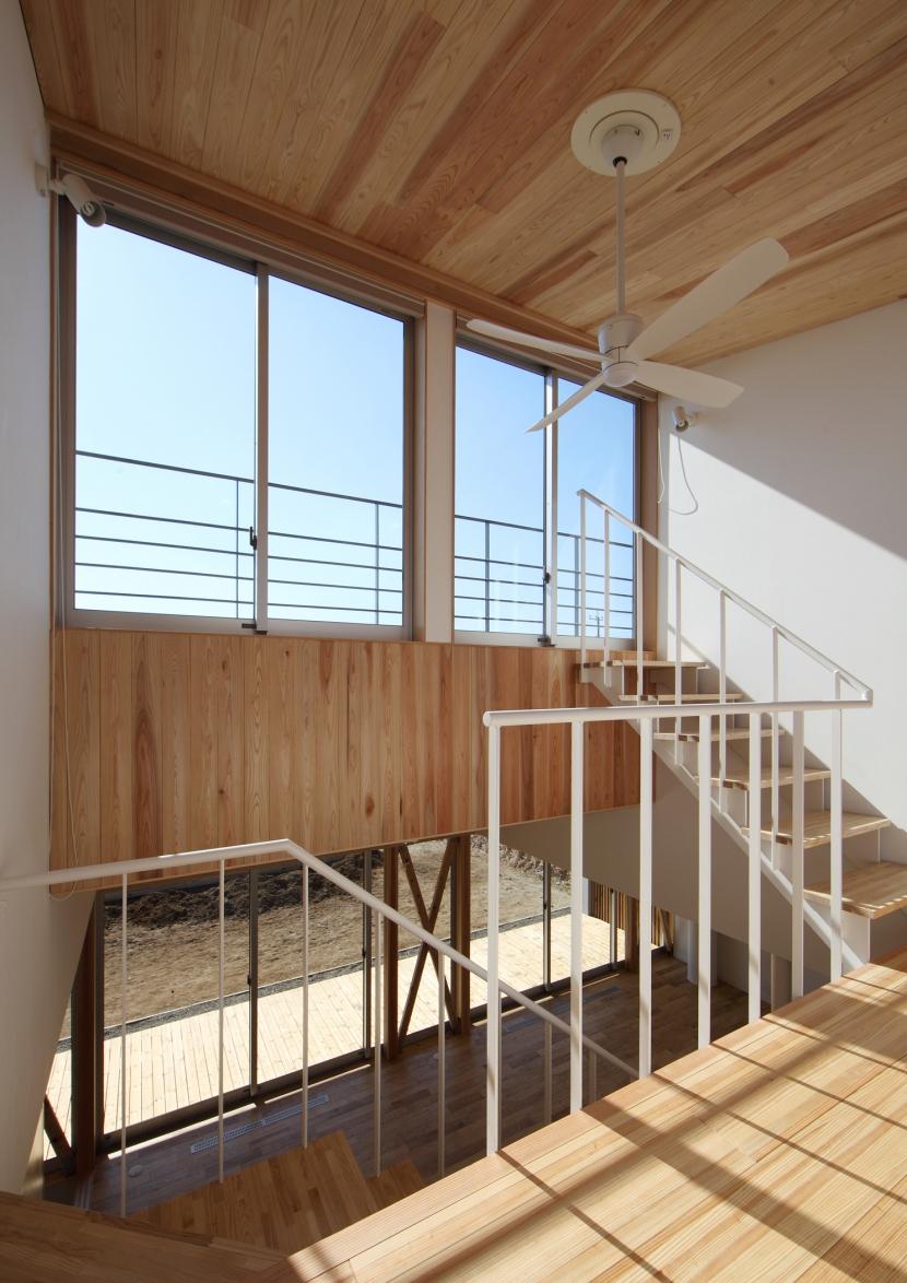 ちはら台の家の部屋 吹抜け階段
