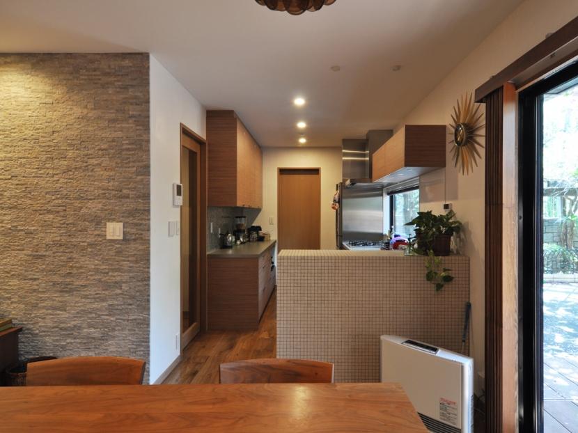 世代交代した井草の家 (キッチン)