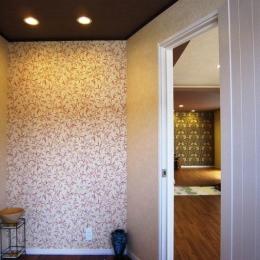 自然素材でアトピー・アレルギーの無い家を (明るい玄関)
