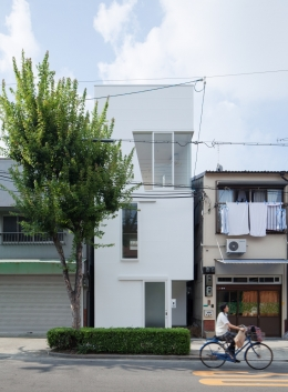 玉津の住宅 / House in Tamatsu (北側外観)