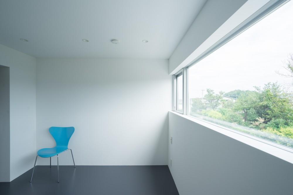 『グロット』スキップフロアでつながる一体的内部空間 (寝室)