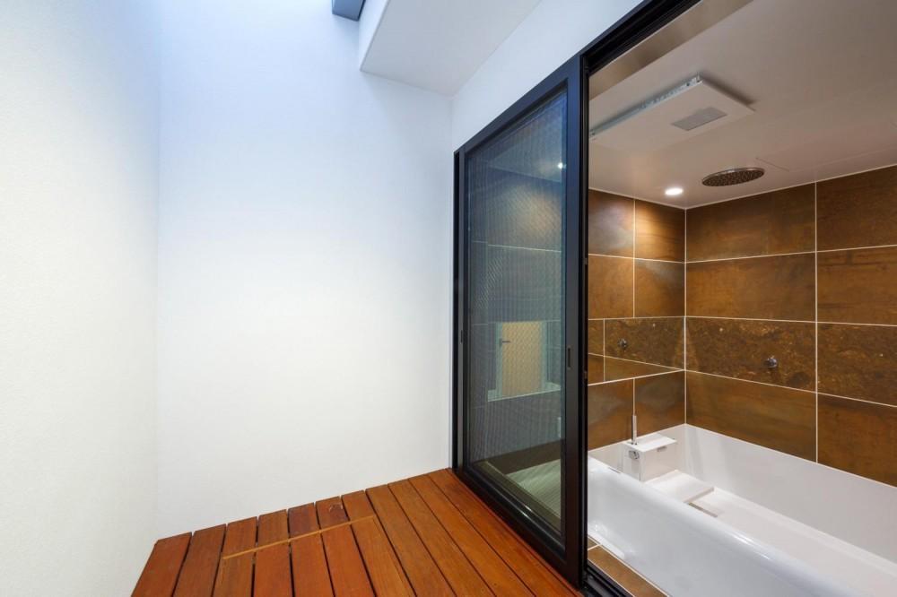 haus-flat (浴室&バスコート)